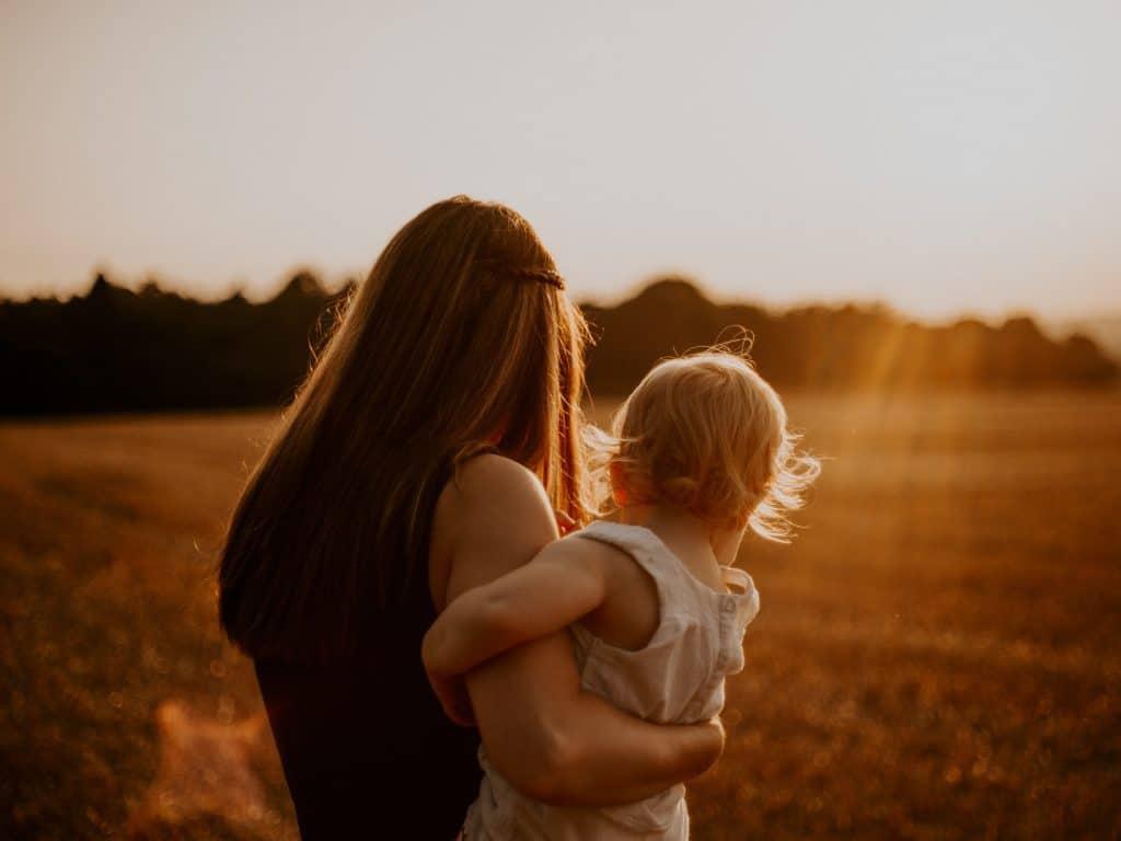 Liebe frischgebackene Mamis – Es ist in Ordnung, um Hilfe zu bitten